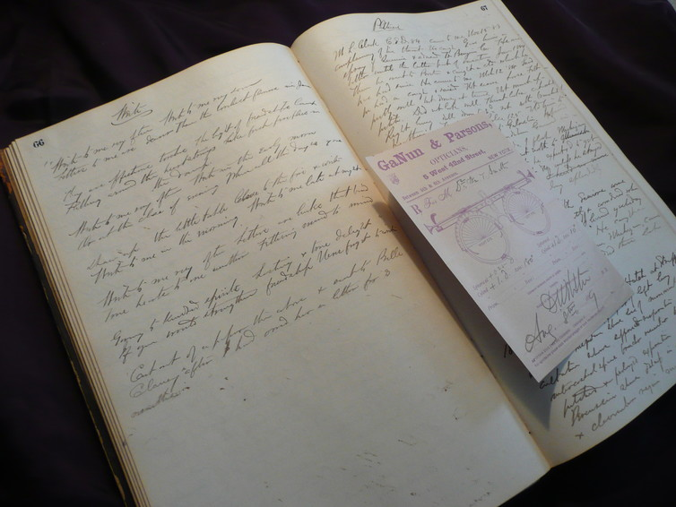 Dr William Thayer Smith's medical notebook, c. 1861. The right hand page deals with the treatment of psthisis and a prescription for spectacles. A contemporary love poem from a local newspaper is transcribed on the left hand page. Sophie Ratcliffe, Author provided
