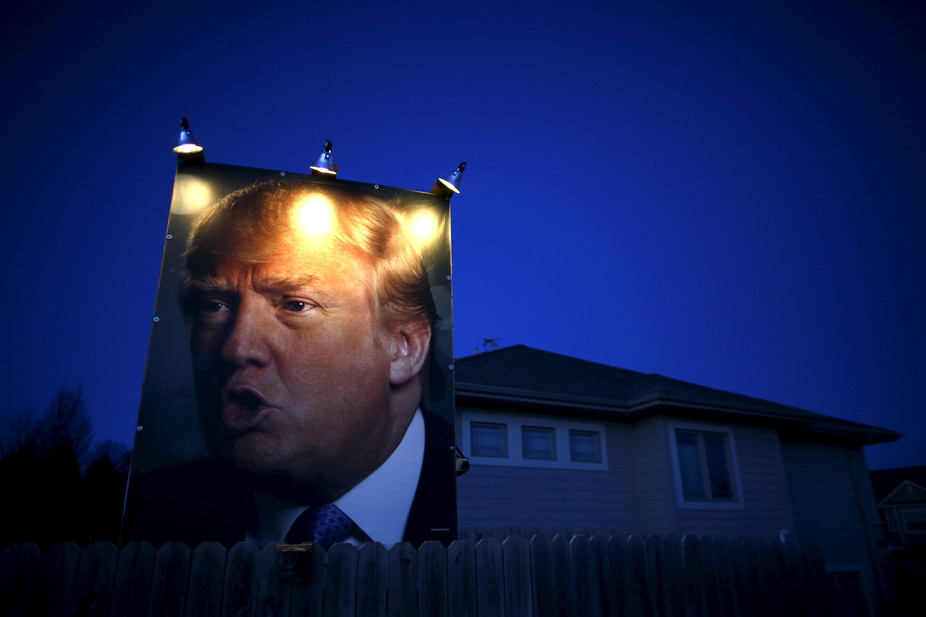 Images Trump Culture: Threat, Fear and the Tightening of the American Mind 1 Donald Trump