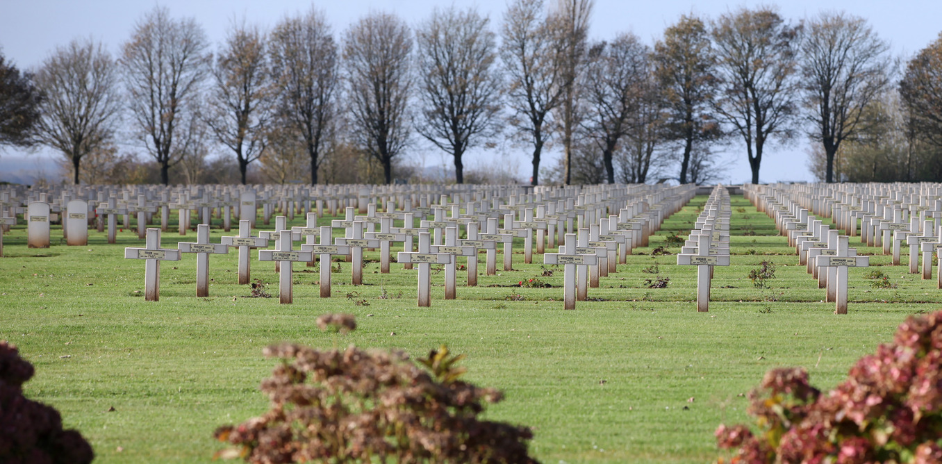 the battle of the somme essay The face of battle examines warfare from the viewpoint of the common soldier by analyzing and comparing three well-known battles starting with agincourt, moving on.