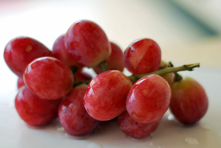 Resveratrol is naturally found in the skin of red grapes.