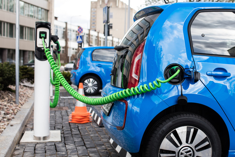 Here Are Five Reasons Electric Cars Are Closer Than You Think