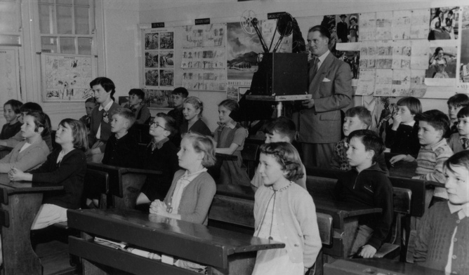 Old Fashioned Teaching Methods To Using Technology In Scotland