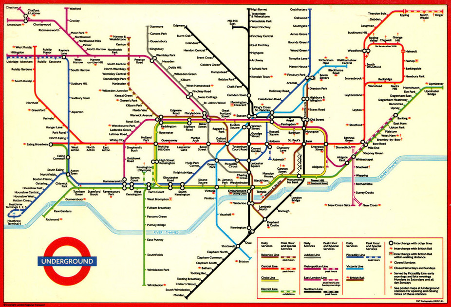Large view of the standard London Underground map.