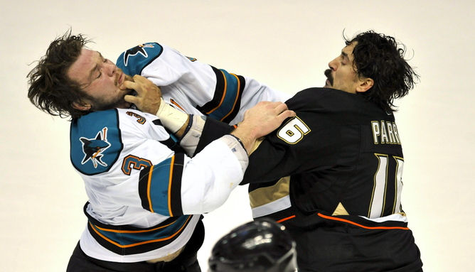 issue of violence in hockey No doubt there's plenty of passion on the issue both the fighting advocates —  who contend fighting is a necessary, self-policing, aspect of the.