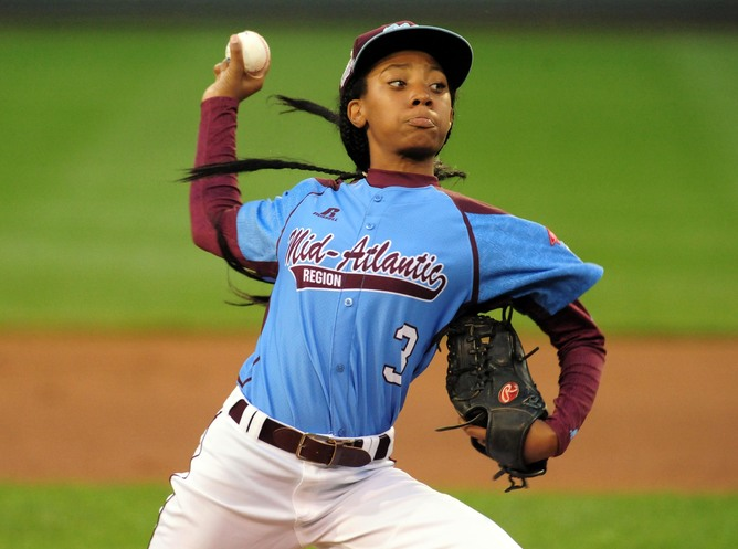 Teaching The Mo' things change: Media coverage of Mo'ne Davis reinforces barriers for female ballplayers